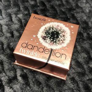 Benefit Dandelion Twinkle Highlight